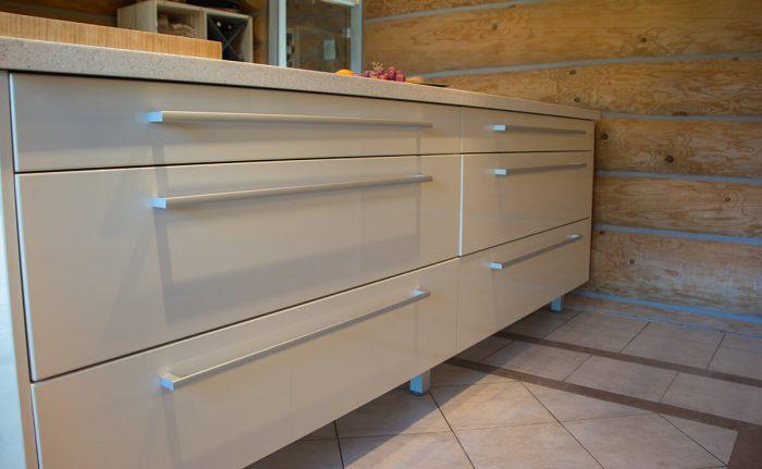 custom kitchen for liga 10